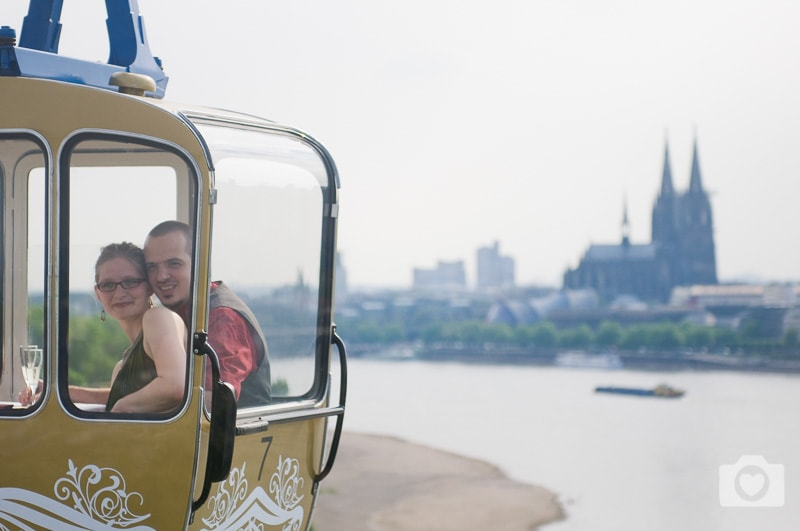Hochzeit in der Seilbahn über Köln