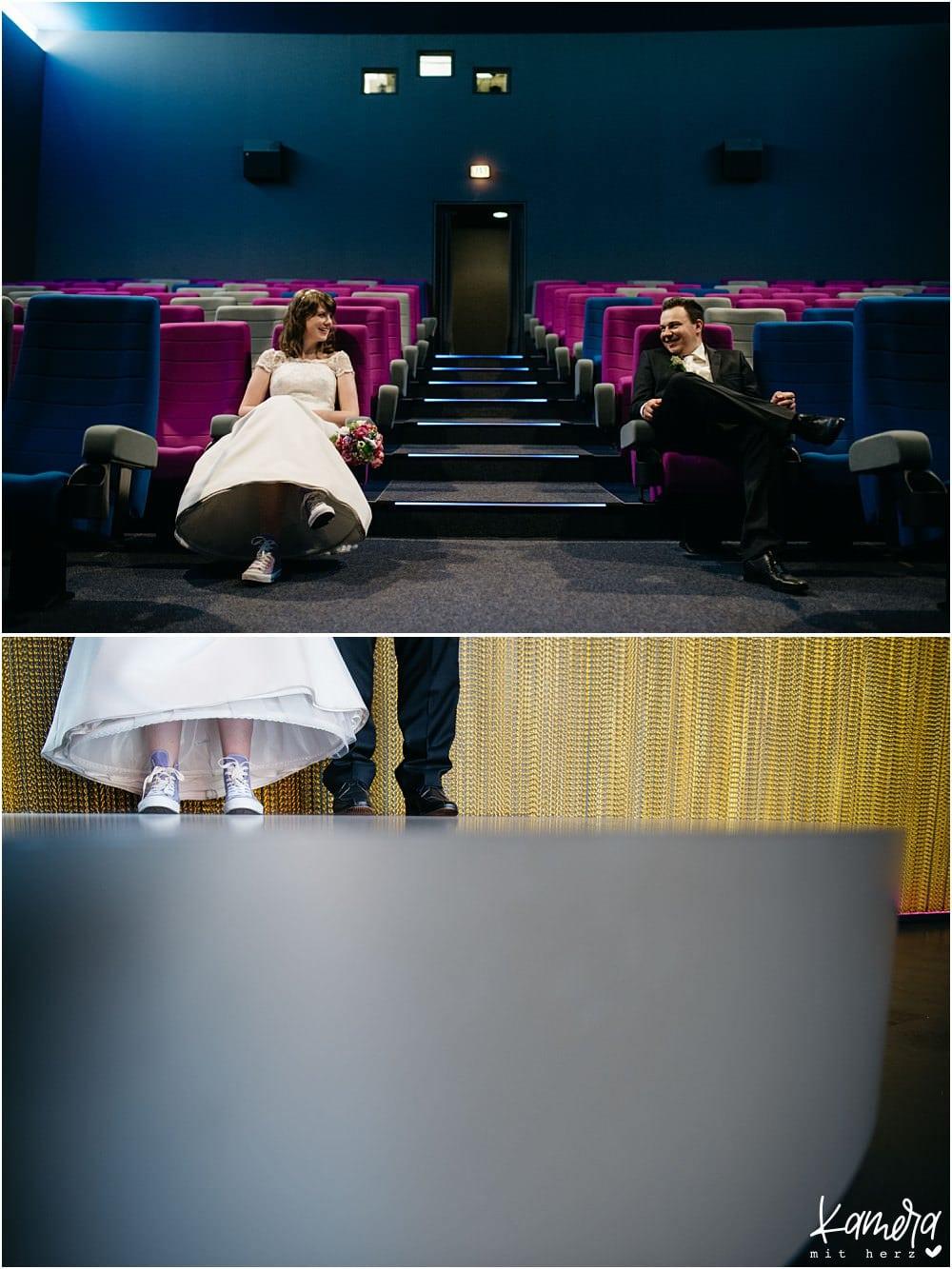 Moderne Hochzeitsfotos im Kino