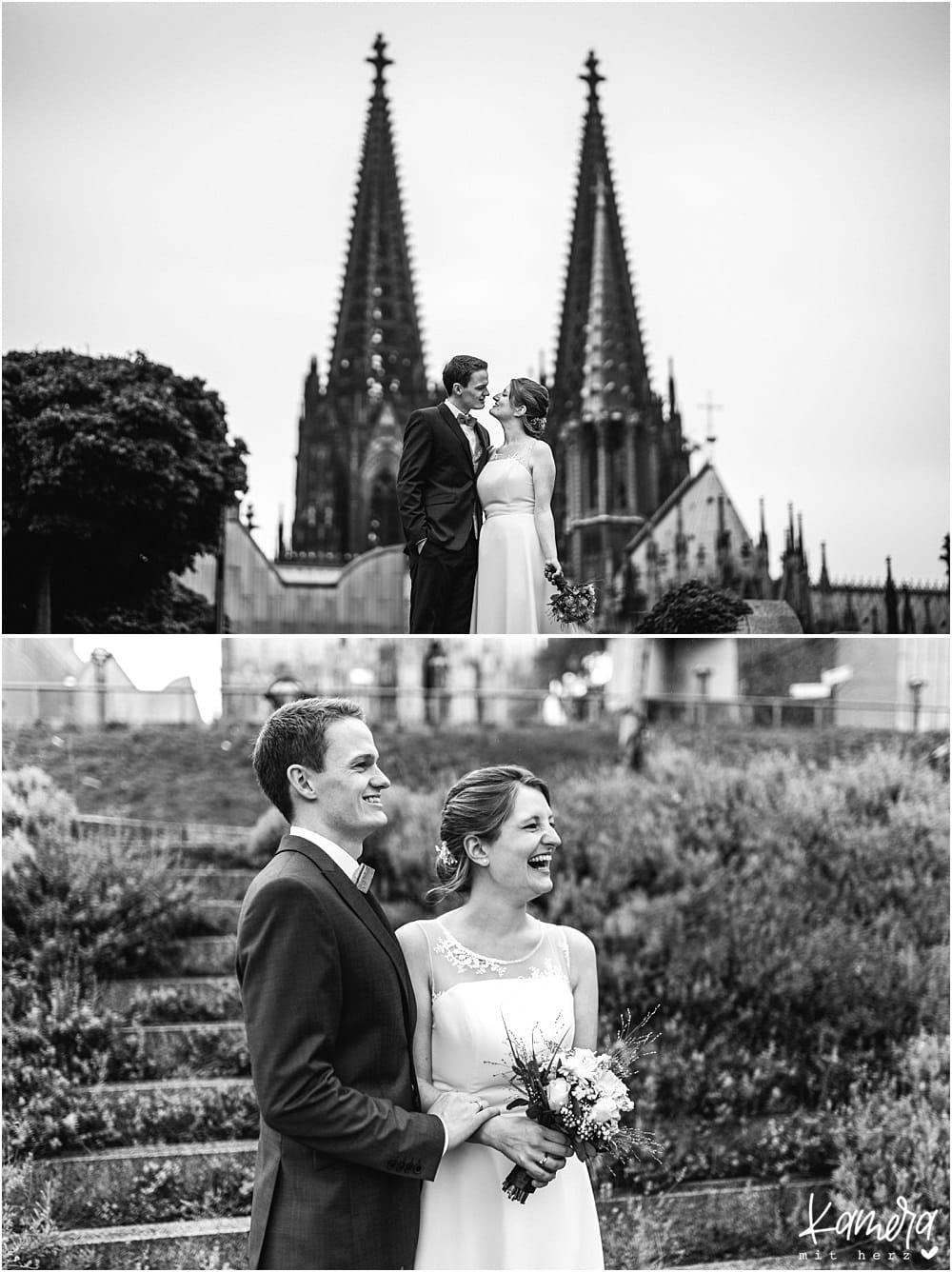 Hochzeitsfotos Köln im historischen Rathaus und Shooting in der Altstadt